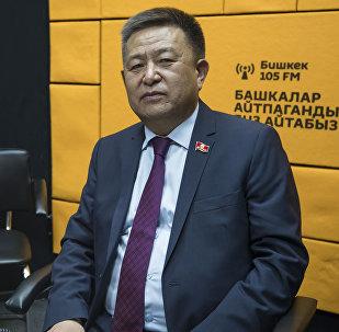 Жогорку Кеңещтин төрагасы Чыныбай Турсунбеков