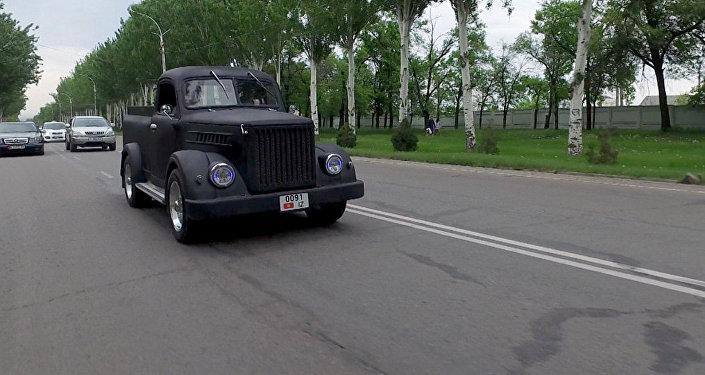 Сыры кетсе да, сыны кетпеген өзгөчө стилдеги ГАЗ-51 автоунаасы