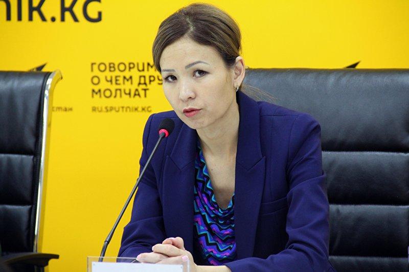 Начальник Управления по защите семьи и детей Министерства труда и социального развития Жаныл Джумабаева на пресс-конференции в мультимедийном пресс-центре Sputnik Кыргызстан.