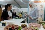 Открытие выставочной экспозиции RUSSIA HALAL EXPO в рамках IX Международного экономического саммита Россия — Исламский мир: KazanSummit 2017 в Казани.