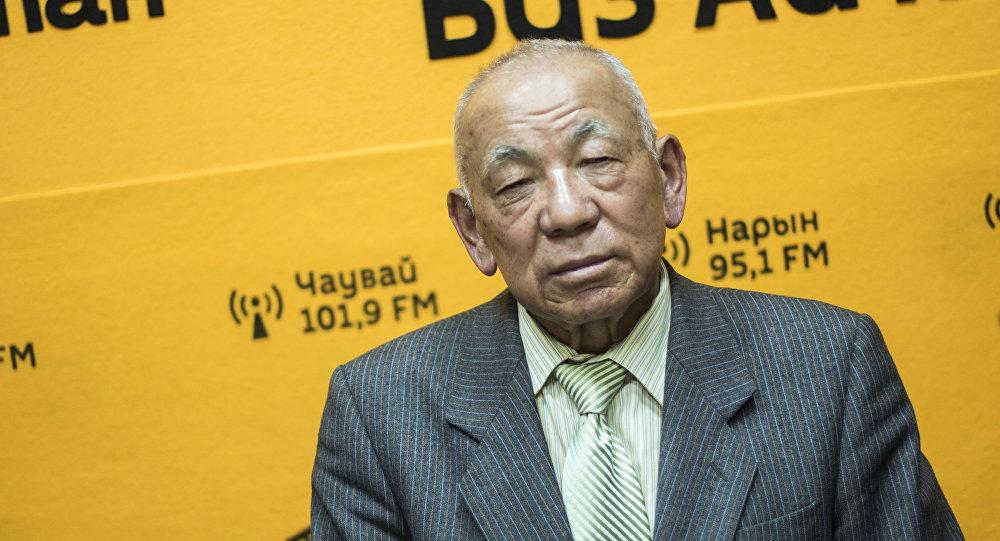 Легендарлуу парламенттин депутаты, коомдук ишмер Жамин Акималиев Sputnik Кыргызстан радиосунда