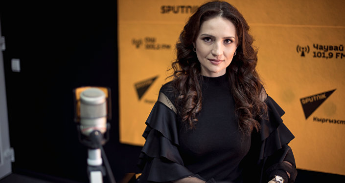 Телеведущая, диктор КТКР Светлана Акматалиева