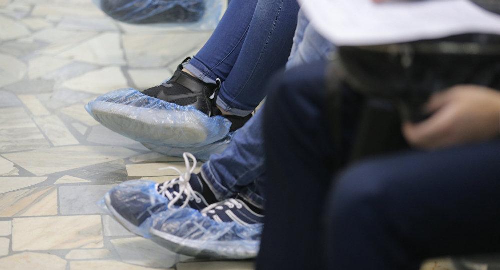 Облизывание грязных ног фото 74-853