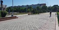 Заградительная лента в районе здания Национальной филармонии имени Токтогула Сатылганова