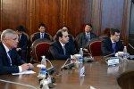 Президент Алмазбек Атамбаев КМШ мамлекеттеринин атайын кызматтарынын башчыларын кабыл алды