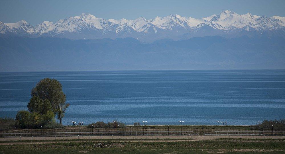 Озеро Иссык-Куля. Архивное фото