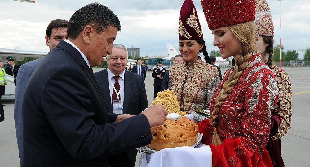 Премьер Д. Медведев сегодня приедет вКазань