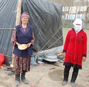 Жители одного из сел айыл окмоту Жекенди в Чон-Алае, пострадавшая от сильного землетрясения
