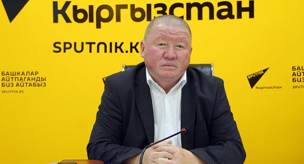 Руководитель муниципального предприятия Зеленстрой Токтобек Элгондиев. Архивное фото