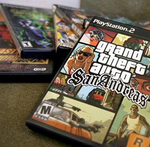 Диск видеоигры Grand Theft Auto: San Andreas для Playstation. Архивное фото