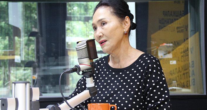 Кыргыз Республикасынын Эл артисти Назира Мамбетованын архивдик сүрөтү