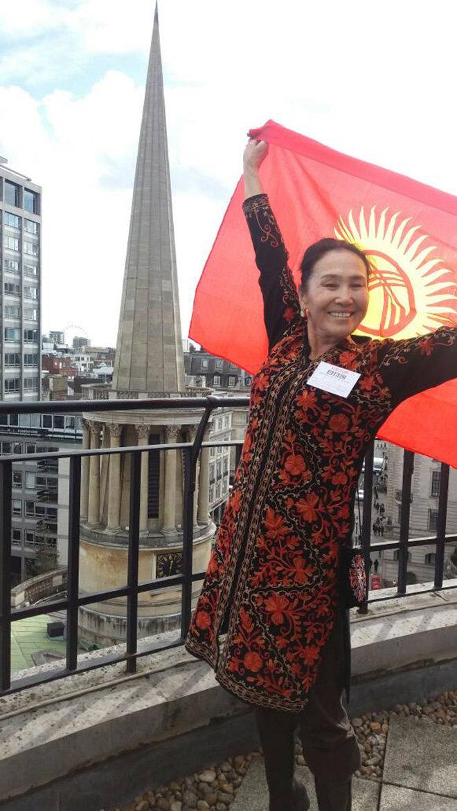 Народная актриса Кыргызстана, артистка театра и кино Назира Мамбетова