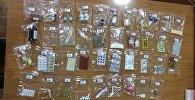 Мамлекеттик бажы кызматы Кыргызстанда уруксат берилген дары-дармектердин таңгактарына салынган баңги затын алып өтүү фактысы катталган