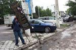 Бишкек шаарында мыйзамсыз орнотулган 45 жарнама такталары менен бир катар объектилер алынды