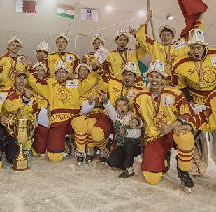 Кыргызстандын хоккей боюнча курама командасы. Архивдик сүрөт