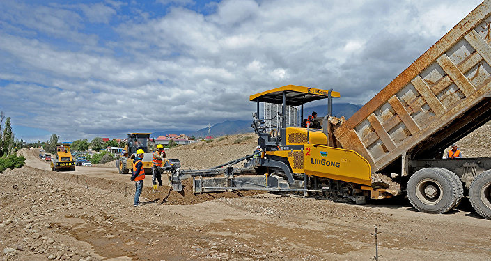 Ход строительства автодороги Балыкчи-Корумду. Архивное фото