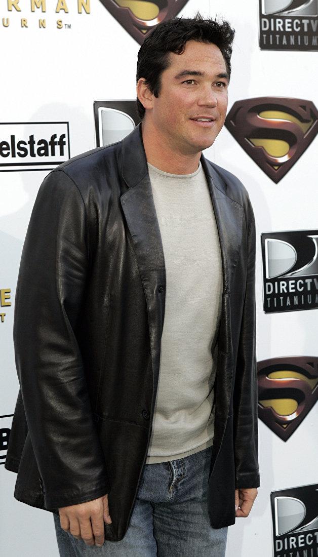 Актер Дин Кэйн, известный по роли Кларка Кента в американском телесериале Лоис и Кларк: Новые приключения Супермена (1993—1997)