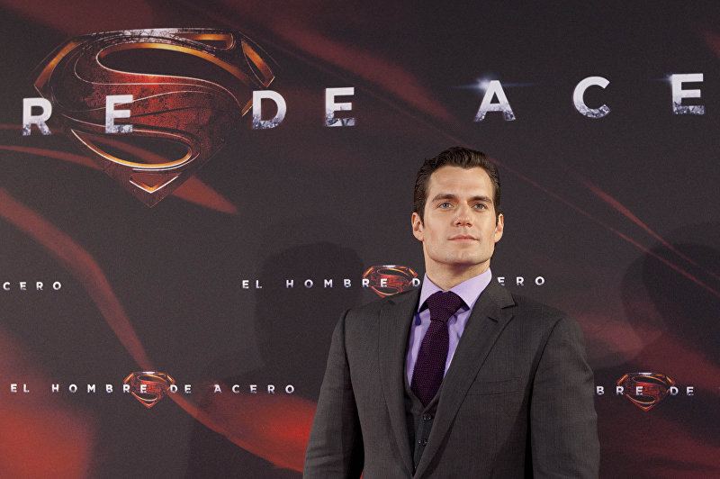 Британский актер Генри Кавилл, исполнитель роли Супермена в фильмах Человек из стали (2013), Бэтмен против Супермена: На заре справедливости (2016)
