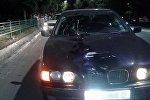 Машина марки BMW на котором был совершен наезд на пешехода на улице Шабдан Баатыра в Бишкеке