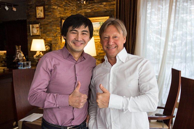 Пианист, ведущий и конферансье Сардар Исмаилов и актер Дмитрий Харатьян