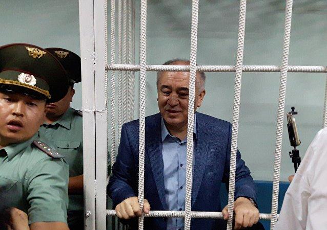 Жогорку Кеңештин экс-депутаты Өмүрбек Текебаев. Архив