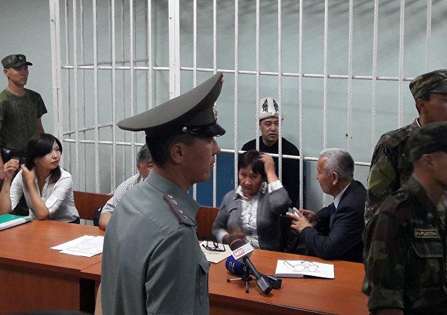 Судебный процесс по делу оппозиционного политика Садыра Жапарова. Архивное фото