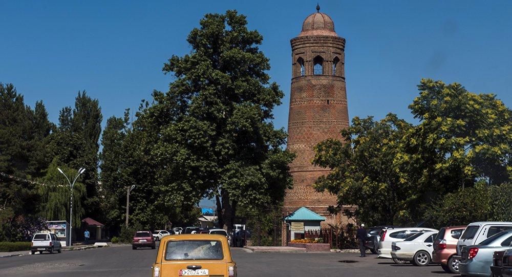 Минарет в городе Узген. Архивное фото