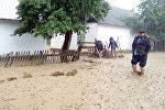 Река вышла из берегов в селе Бузурман-Сай Аксыйского района