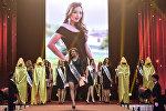 КМШ сулуусу — 2017 эл аралык сулуулук конкурсуна Кыргызстандын атынан катышкан Айсулуу Абдыбакасова Акылдуу сулуу титулун жеңип алган