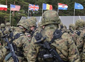 Военнослужащие НАТО. Архивное фото