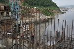 Строительство гидроэлектростанции. Архивное фото
