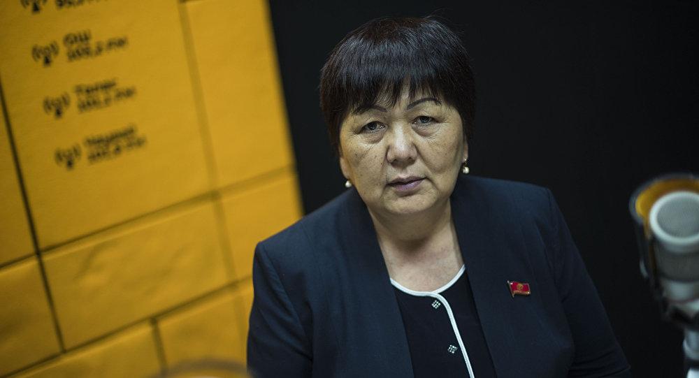 Депутат от фракции СДПК Карамат Орозова. Архивное фото