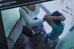 Женщина избивает мальчика в Алматы. Фото со страницы Facebook пользователя Дмитрий Ветер Васько