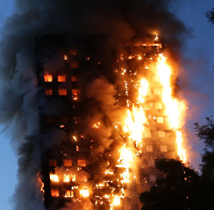 Пожар в многоквартирном жилом дом Grenfell Tower расположенное в районе Северный Кенсингтон на западе Лондона