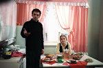 Кадр из фильма Москва слезам не верит. Алексей Баталов в роли Гоши, Наталья Вавилова в роли Александры Тихомировой