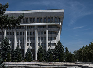 Здание Жогорку Кенеша. Архивное фото