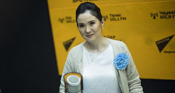 5 жылдык иш тажрыйбасы бар косметолог Айнура Сагынбаева маек учурунда
