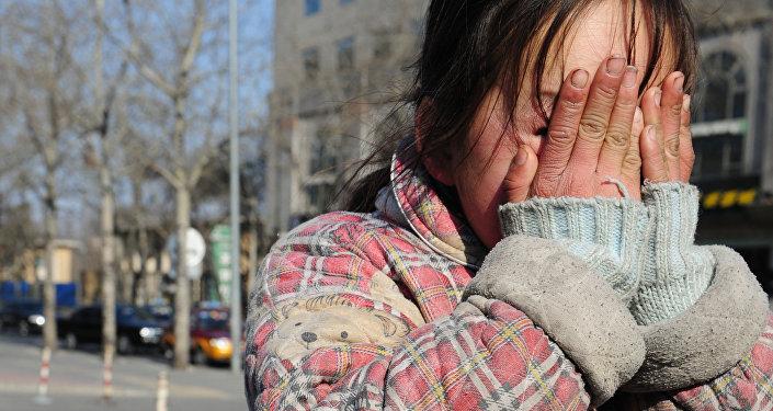 Русских большой девушка приковала парня наручниками русское онлайн