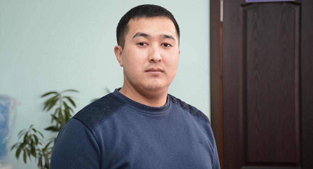 Муфтияттын маалымат катчысы Максат Атабаевдин архивдик сүрөтү