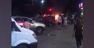 В Бишкеке из-за сварки сгорело авто — видео очевидца