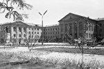 Здание Кыргызского государственного технического университета имени И. Разакова. Архивное фото