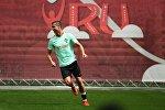 Португалиянын футбол курама командасынын оюнчусу Криштиану Роналду машыгуу учурунда