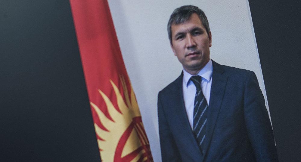 Президенттин аппарат жетекчисинин биринчи орун басары болуп дайындалган Акрам Мадумаров