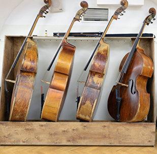 Музыкальные инструменты. Архивное фото
