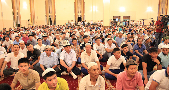 В Оше во всех крупных мечетях мусульмане встретили Кадыр тун (Ночь предопределения)