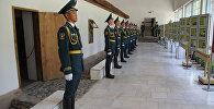 Экспонаты на выставке памяти жертв войны Те, кто принял смертный бой… в Государственном музее имени Михаила Фрунзе