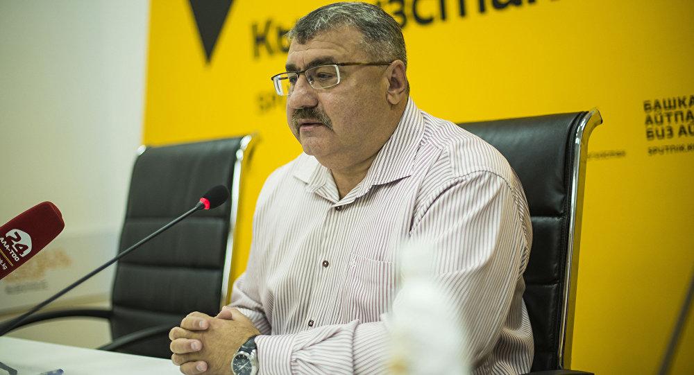 Исполнительный директор общественного фонда Единство Олег  Серенский