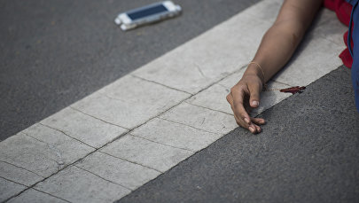 Девушка пострадавшая в ДТП. Иллюстративное фото