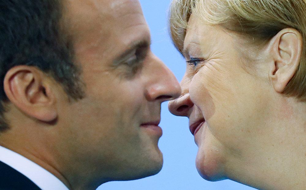 Встреча президента Франции Эммануэля Макрона и канцлера Германии Ангела Меркель