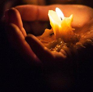 Горящие свечи. Архивное фото